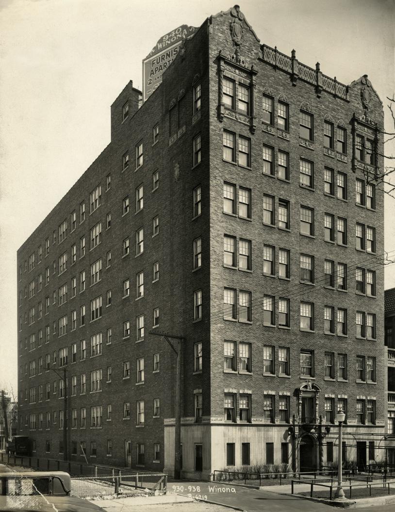 930-938 W. Winona Street