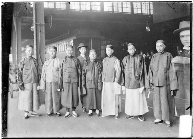 [Chentung-Liang-Cheng and others, arrival in Chicago]