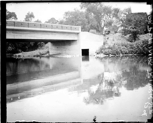 [Bridge over the Des Plaines River]