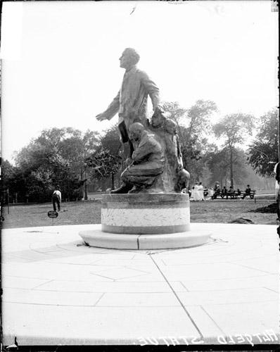 [Statue of John Peter Altgeld in Lincoln Park, profile view]