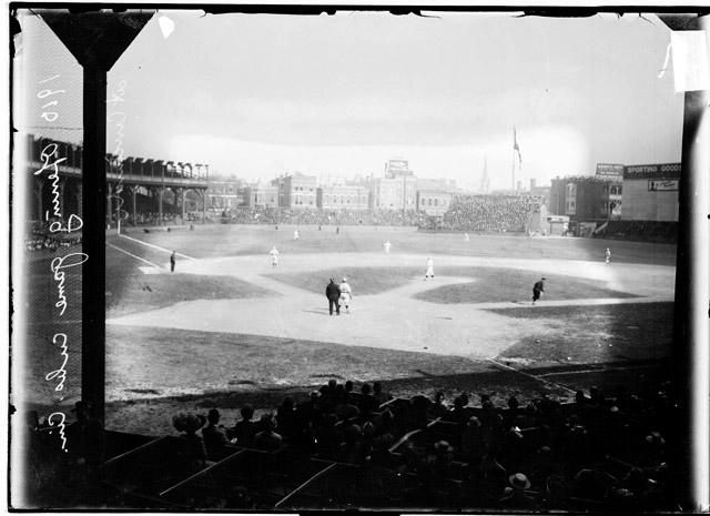 [Baseball, Cinn. vs. Cubs, opening of baseball season, players on field at CinnScore 0-0]