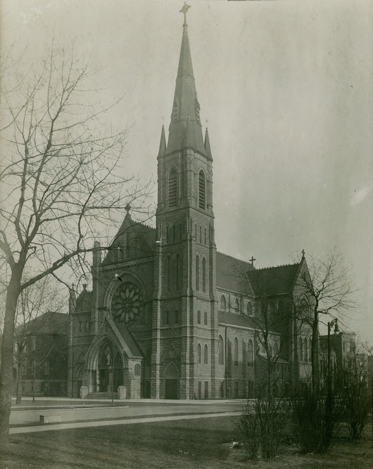 Visitation Church, Chicago, between 1913 and 1914