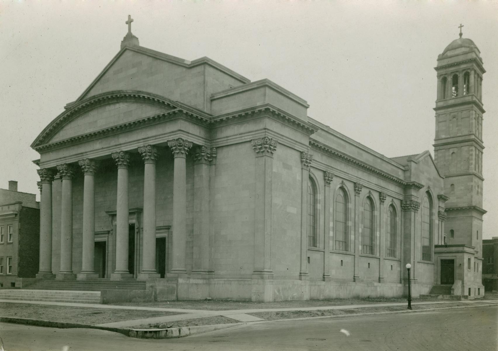 Saint Ignatius Church, Chicago, 1913