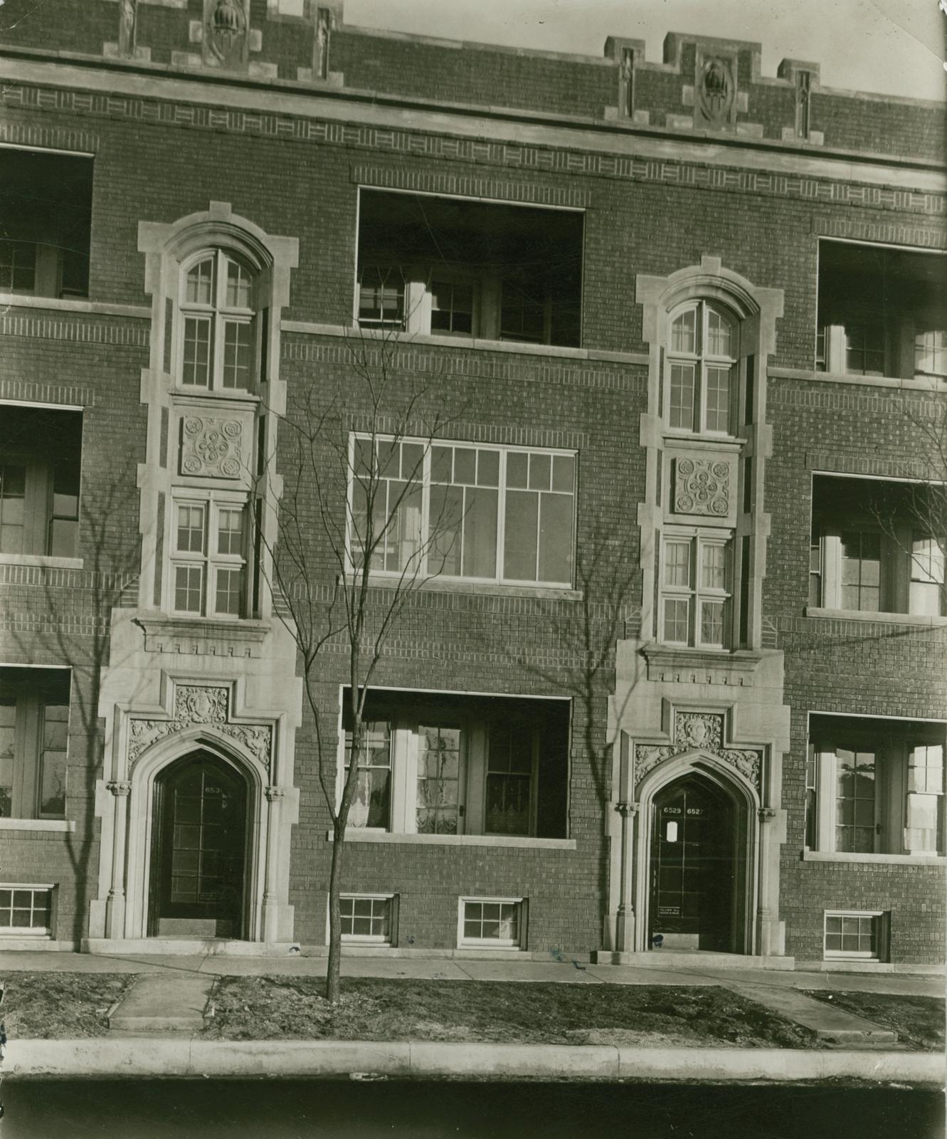 Apartment Building, 6529-6531 Magnolia Avenue