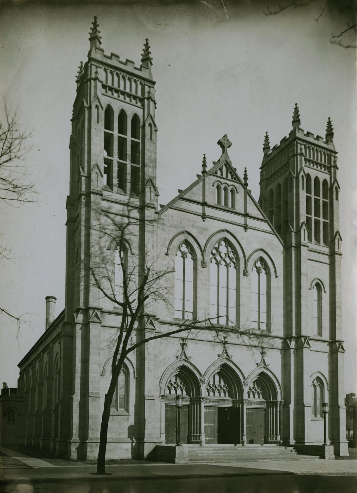 Our Lady of Mount Carmel Church, Chicago, between 1913 and 1914