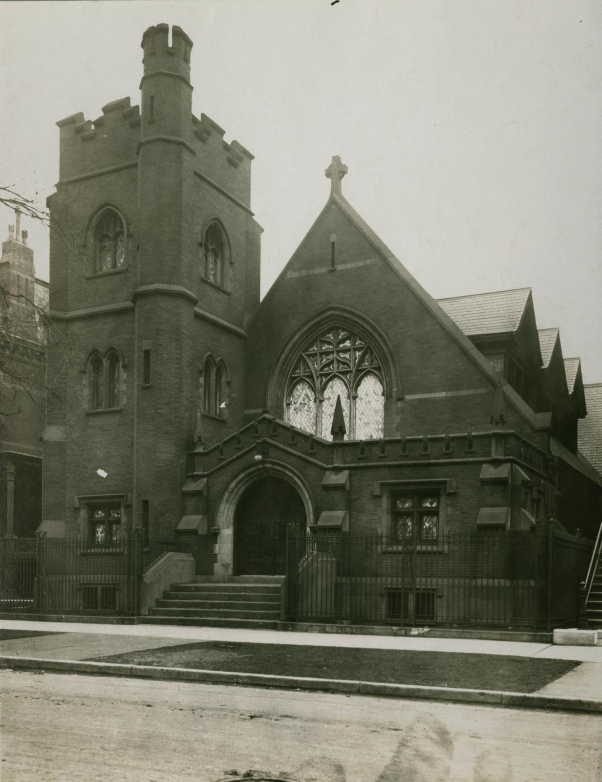 Catholic Apostolate, Chicago, between 1913 and 1914