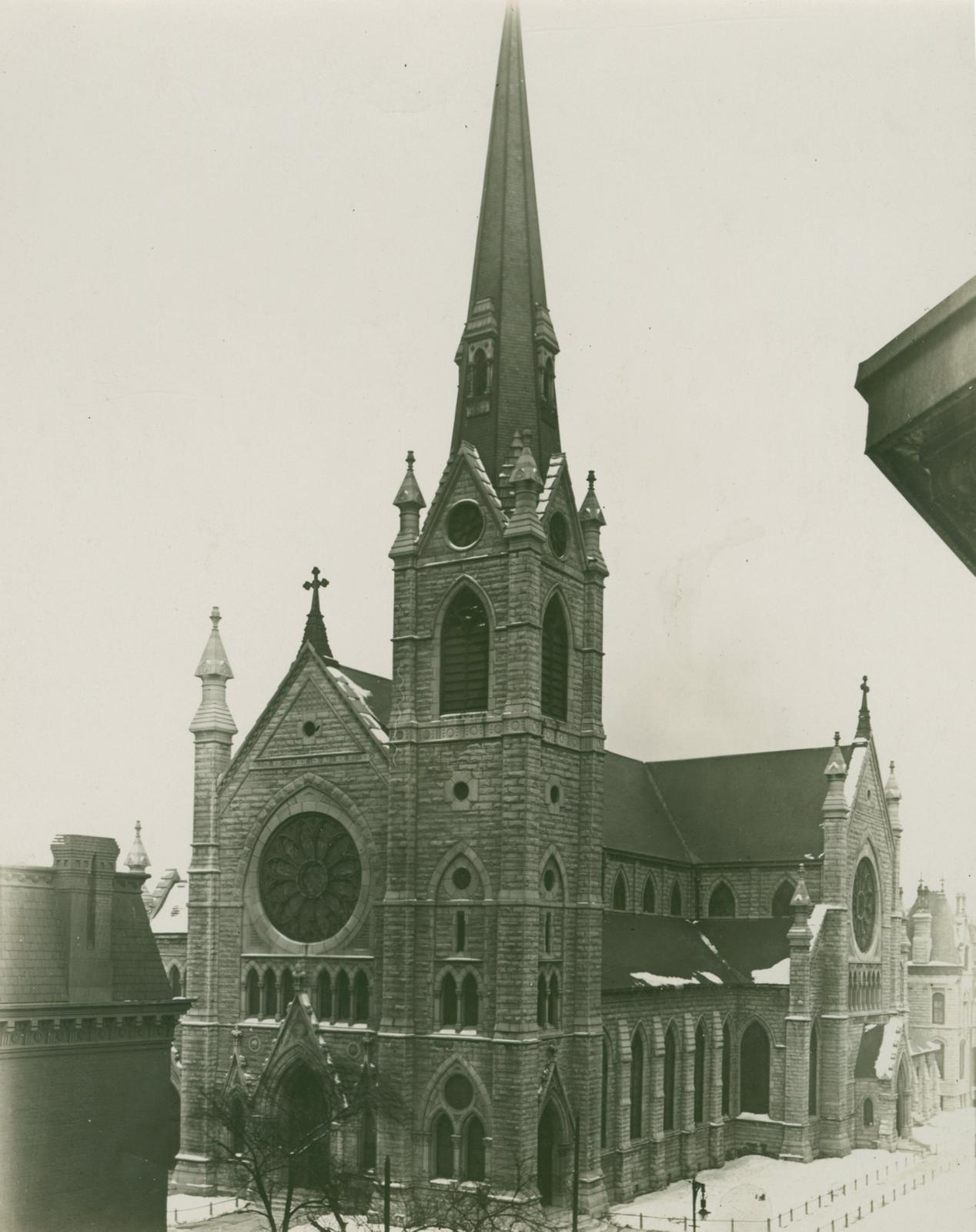Holy Name Cathedral, Chicago, between 1913 and 1914