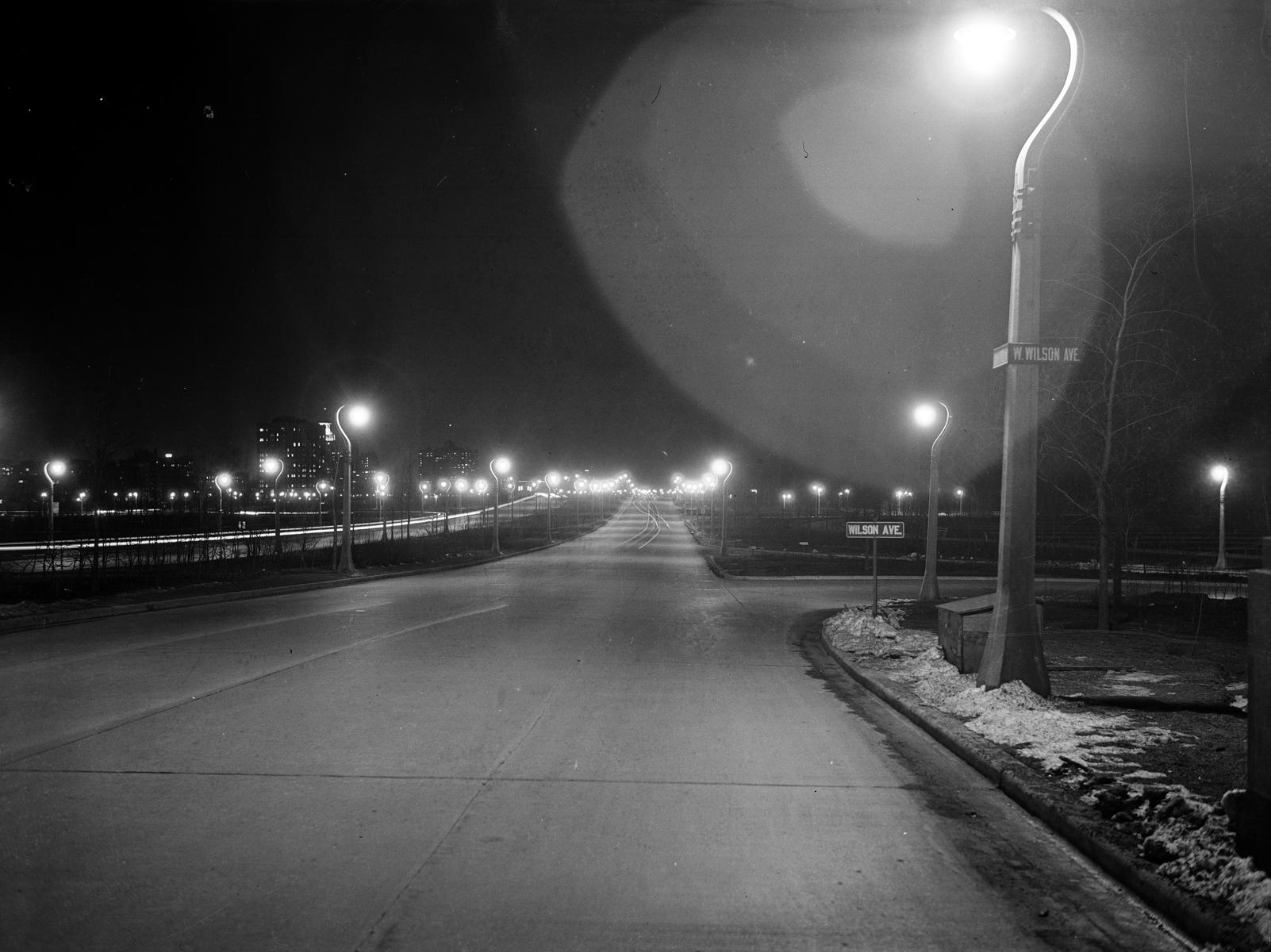 Traffic Intersection at Lake Shore Drive and Wilson Ave (image 02)