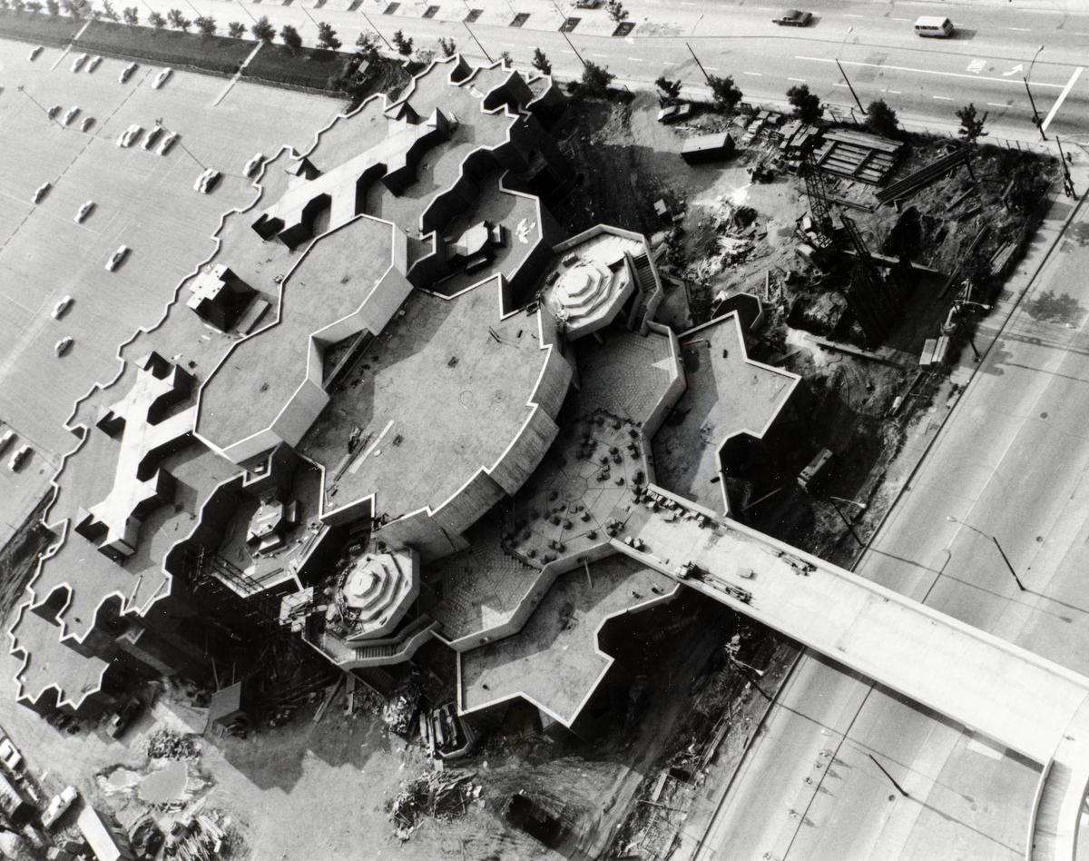 Behavioral Science Building, construction, 1969.