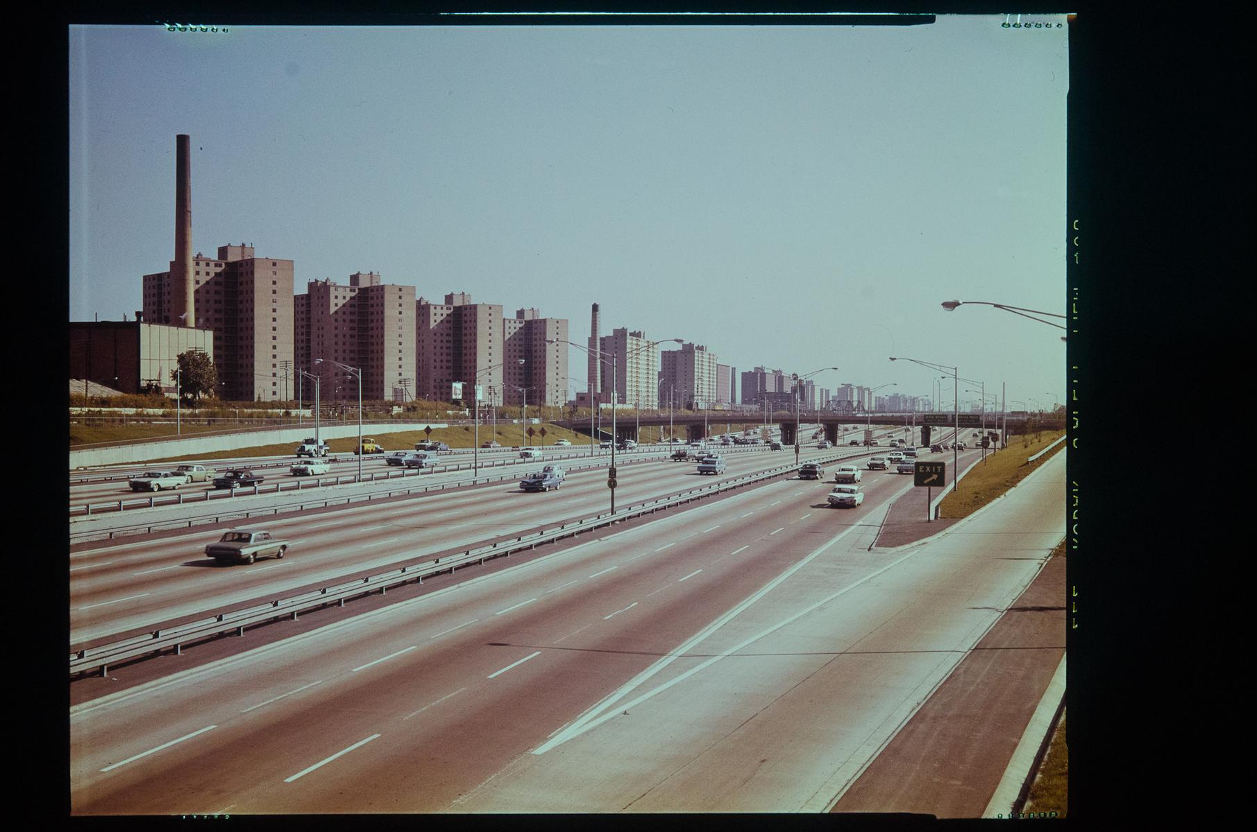 Dan Ryan Expressway, looking South from 31st Street; high-rise housing development in distance (on State Sreet)