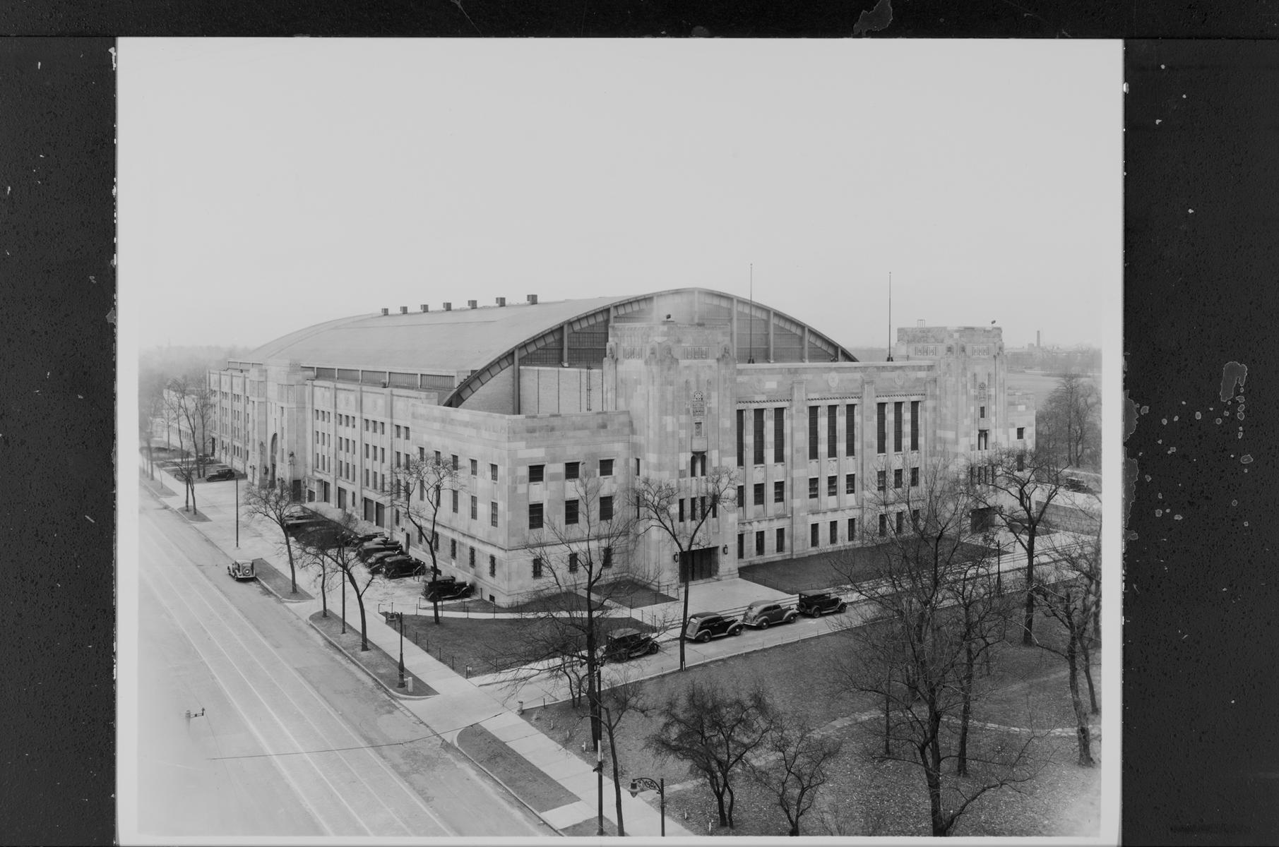 124th Field Artillery Armory, South Cottage Grove Avenue and 53rd Street