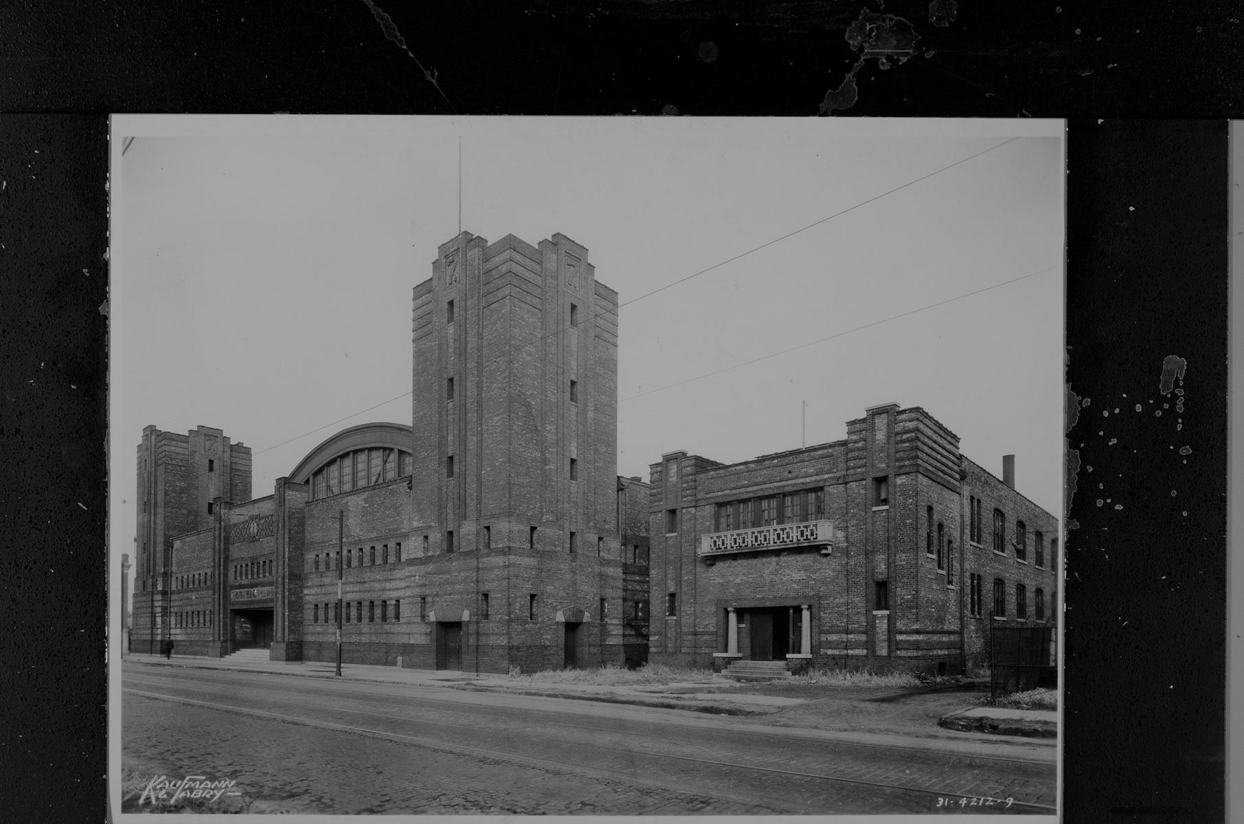 108th Combat Engineers Armory, 3401 South Wentworth Avenue