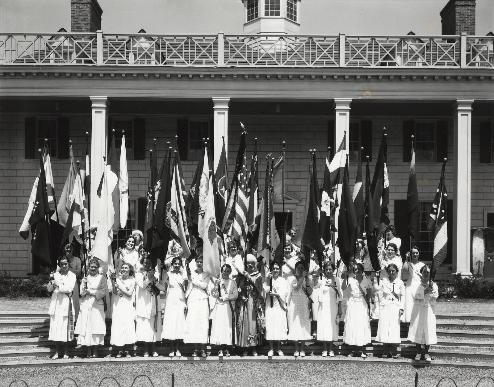 Open URL The Daughters Of American Revolution Flag Day Celebration At A Century Progress International